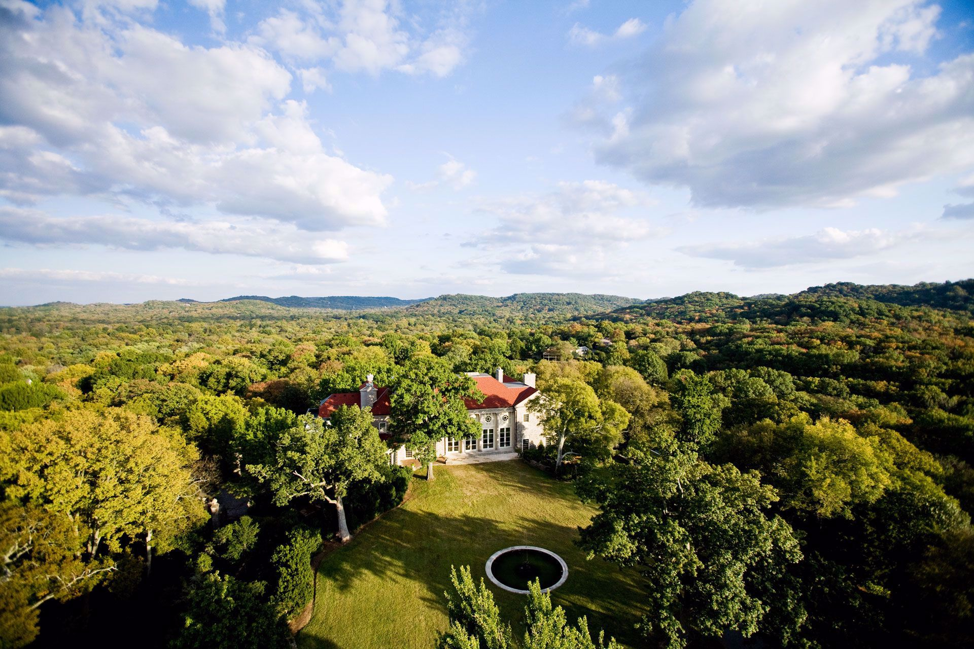 A 55-acre American country place era estate