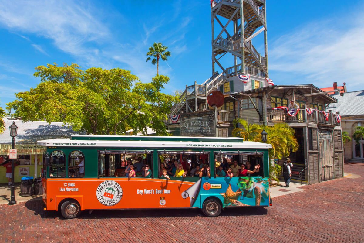 Shipwreck Museum and Old Town Trolley