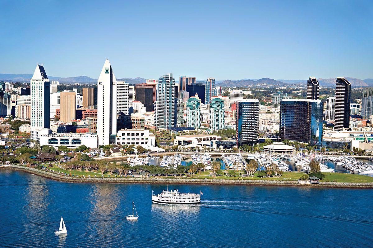 Cruise along the San Diego waterways