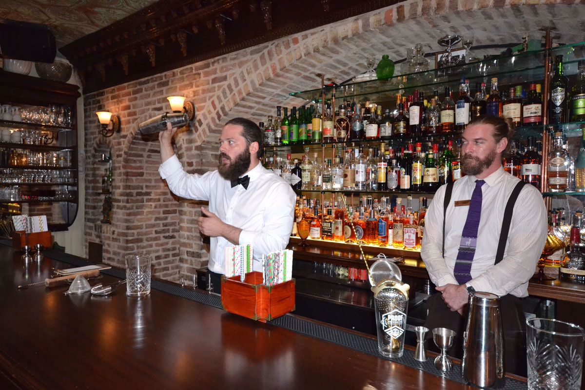 Learn from our expert bartenders